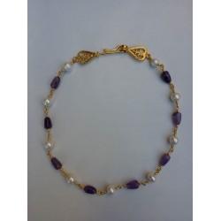 Collar de Guarrazar, plata dorada con perlas y cuarzo amatista